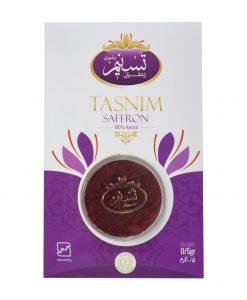 زعفران نگین تسنیم در بسته بندی وکیوم (تلقی)، فاقد نرمه بوده و در گروه باکیفیتترین و قدرتمندترین انواع زعفران تولید شده در ایران است.